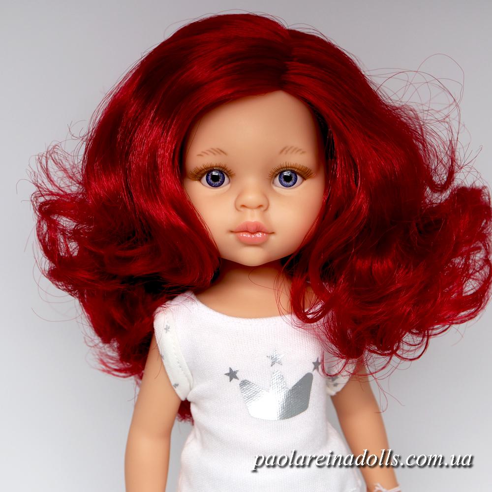 Даша Паола Рейна в пижаме с малиновыми волосами 13203