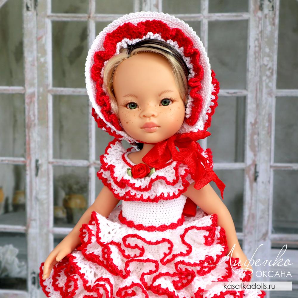 Платье с оборками и капор для куклы Паола Рейна крючком