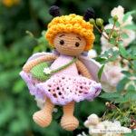Мастер-класс «Пчёлка Мия»: кудрявая игрушка, цветок-подушка и листок-плед